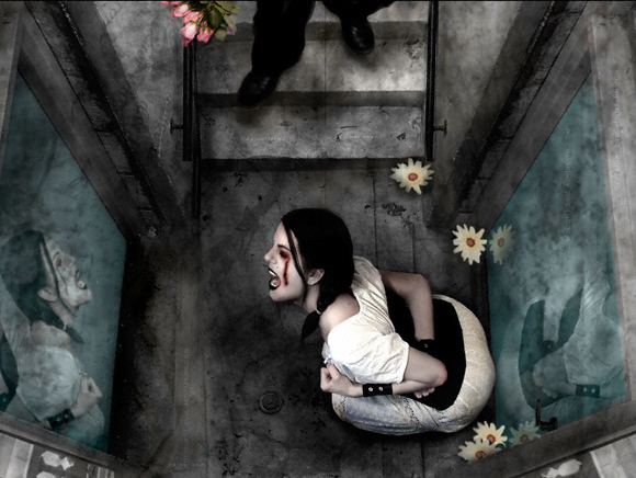 Aunia Kahn - Blue Sewer World Class Artist