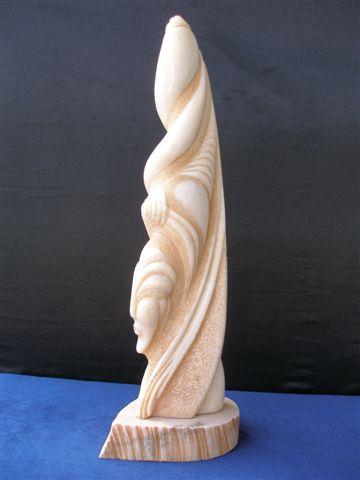 World Class Sculptor Manuro Artis - Romania World Class Artist